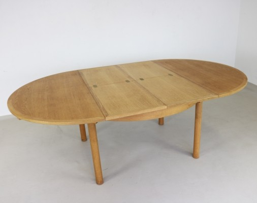 Model 140 of Øresund series dining table from the sixties by Børge Mogensen for Karl Andersson & Söner