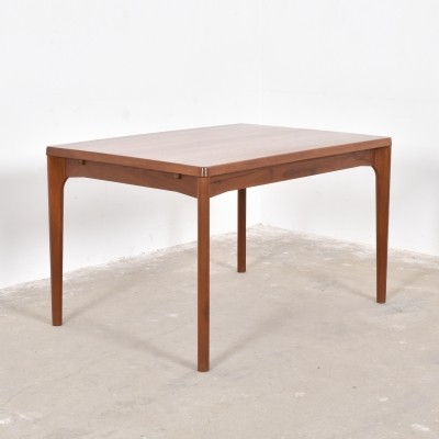 Dining table from the fifties by Henning Kjærnulf for Vejle Stolefabrik