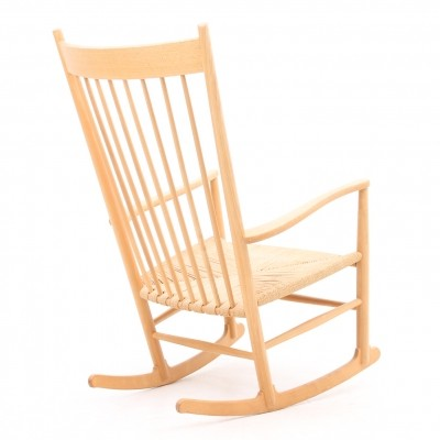J16 rocking chair from the forties by Hans Wegner for Fredericia Stolefabrik