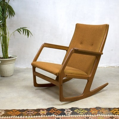 Model 100 rocking chair from the sixties by Georg Jensen for Kubus