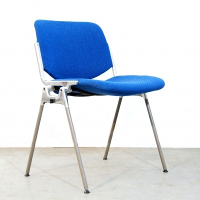 Pair of DSC Axis 106 dining chairs by Giancarlo Piretti for Castelli, 1970s