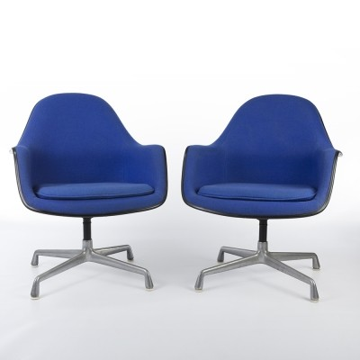 Set of 2 EA178 on Castor Bases lounge chairs from the sixties by Charles & Ray Eames & Alexander Girard for Herman Miller