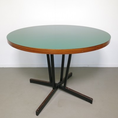 Dining table from the sixties by Hein Salomonson for Polak