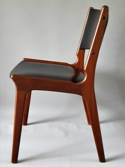 Dining chair by Erik Buch for Nova Møbler, 1960s