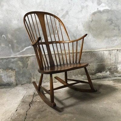 Windsor 912 rocking chair from the fifties by Lucian Randolph Ercolani for Ercol