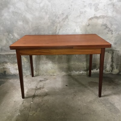 Dining table from the sixties by unknown designer for Pastoe