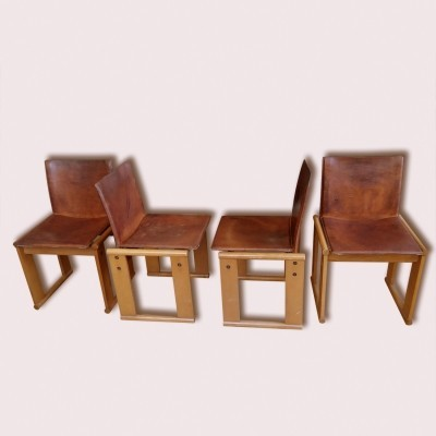 Set of 4 Monk lounge chairs from the seventies by Afra Scarpa & Tobia Scarpa for Molteni