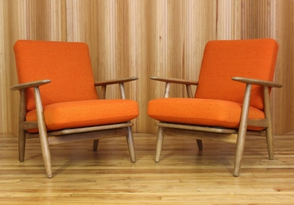 Set of 2 GE240 lounge chairs from the fifties by Hans Wegner for Getama