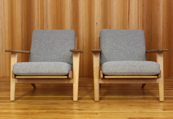 Set of 2 GE290 lounge chairs from the fifties by Hans Wegner for Getama