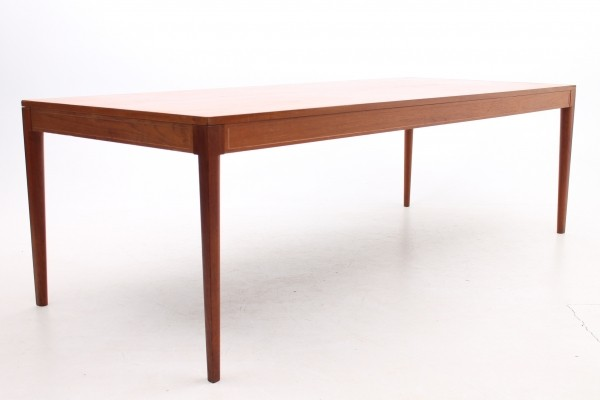 Diplomat series writing desk from the sixties by Finn Juhl for France & Son