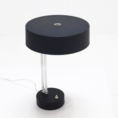 Model 146 desk lamp from the fifties by unknown designer for Hala Zeist