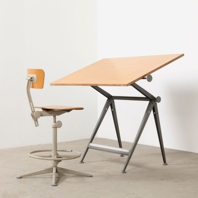 Writing desk from the sixties by Wim Rietveld & Friso Kramer for Ahrend de Cirkel