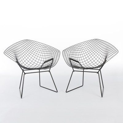 Set of 2 Diamond arm chairs from the sixties by Harry Bertoia for Knoll