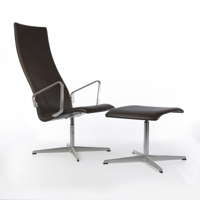 Original Fritz Hansen Black Leather Arne Jacobsen Oxford Chair & Ottoman