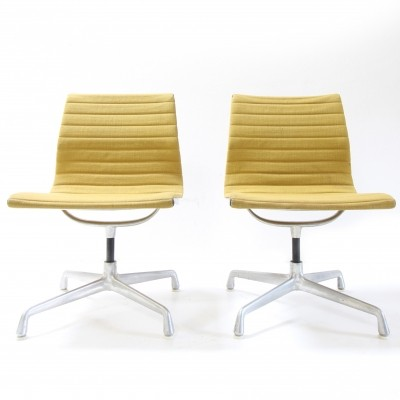 Pair of EA105 office chairs by Charles & Ray Eames for Herman Miller, 1950s