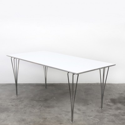 Spanleg dining table from the fifties by Piet Hein & Bruno Mathsson for Fritz Hansen