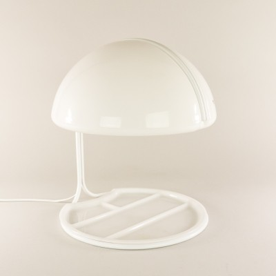 Conchiglia desk lamp from the sixties by Luigi Massoni & Luciano Buttura for Guzzini