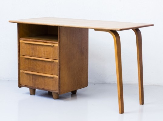 EE02 writing desk from the forties by Cees Braakman for Pastoe