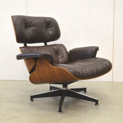 Rosewood Edition lounge chair from the seventies by Charles & Ray Eames for Herman Miller