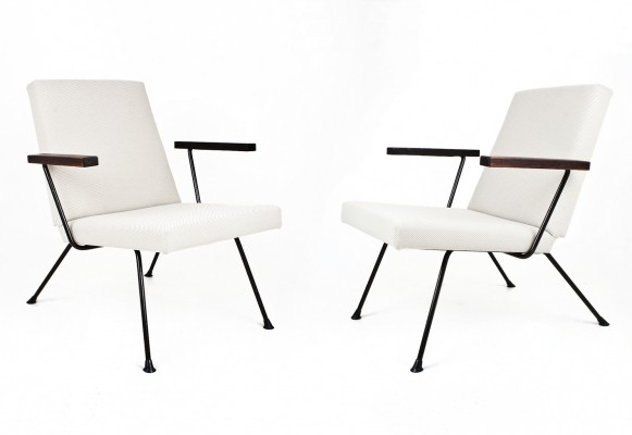 2 model 1409 lounge chairs from the fifties by André Cordemeyer for Gispen