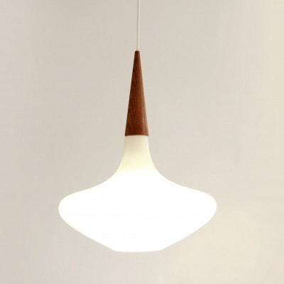 Drop hanging lamp from the fifties by Louis Kalff for Philips