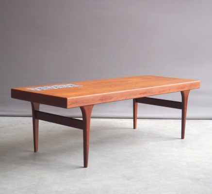 Model 299 coffee table from the sixties by Johannes Andersen for CFC Silkeborg