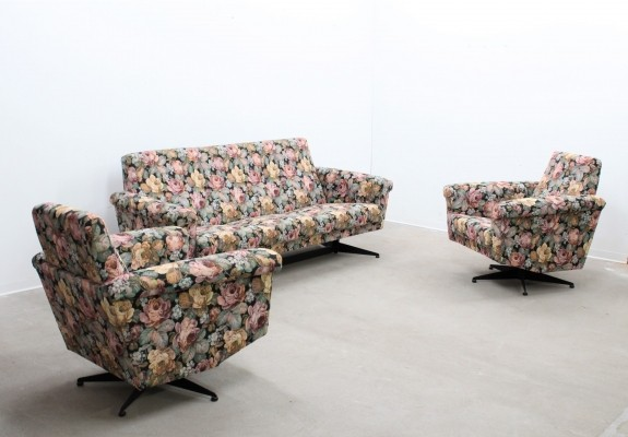 Seating group from the fifties by unknown designer for Novarreda