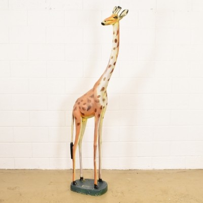 Real size giraffe Statue from the forties by unknown designer for unknown producer
