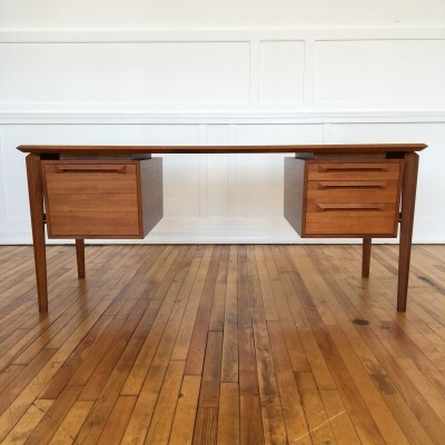 Writing desk from the fifties by Ib Kofod Larsen for Seffle Sweden