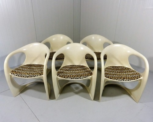 Set of 5 Casalino dinner chairs from the seventies by Alexander Begge for Casala