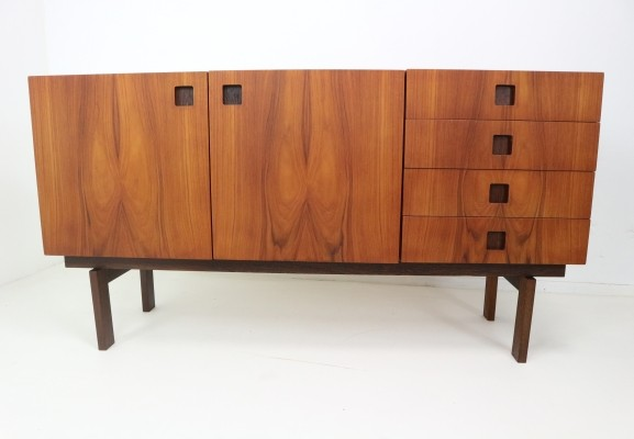 Propos Series sideboard from the fifties by unknown designer for Hulmefa