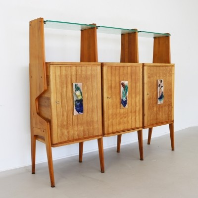 Fifties Italian wall cabinet with glass shelves