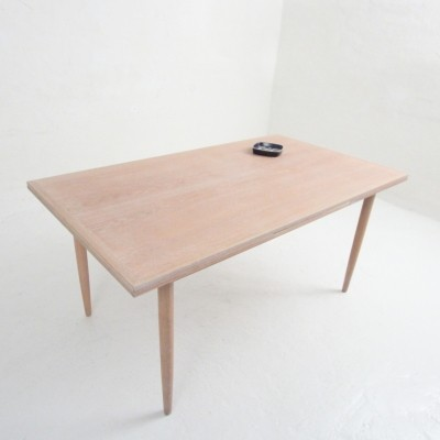 Dining table from the sixties by Henning Kjærnulf for Vejle Stolefabrik