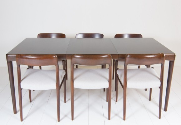 Dining table from the sixties by Henry W. Klein for Bramin