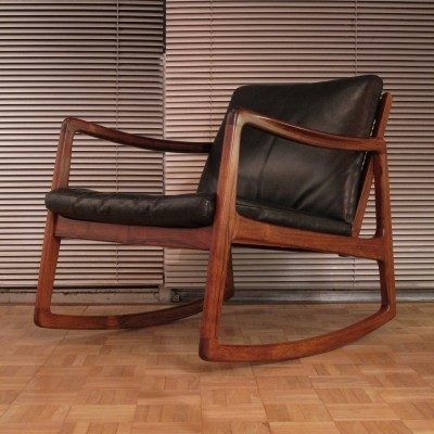 Rare Rosewood Edition Model 120 Rocking Chair By Ole Wanscher