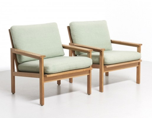 2 N°4 of the Capella lounge chairs from the fifties by Illum Wikkelsø for N. Eilersen