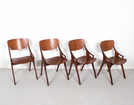 Set of 4 dinner chairs from the sixties by Anders Olson for Mogens Kold