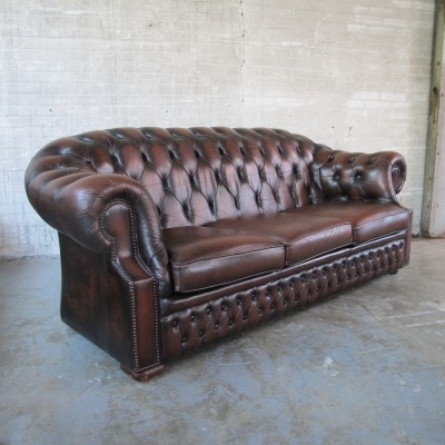 Sofa from the seventies by unknown designer for Chesterfield
