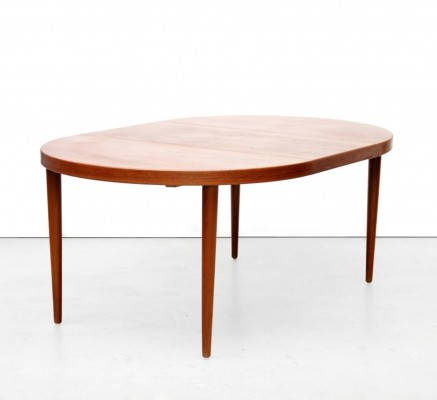 Dining table from the fifties by Kai Kristiansen for Sva Møbler