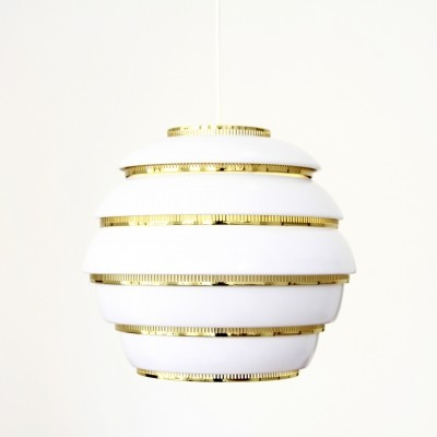 Beehive hanging lamp from the fifties by Alvar Aalto for Artek