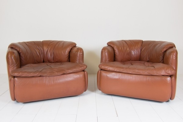 2 Confidential lounge chairs from the seventies by Alberto Rosselli for Saporiti