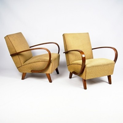 Set of 2 arm chairs from the forties by Jindřich Halabala for Spojene UP Zavody