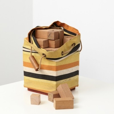 Ko Verzuu Toy bag With Wooden Cubes ADO 1950