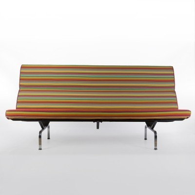 Compact sofa from the seventies by Charles & Ray Eames & Alexander Girard for Herman Miller