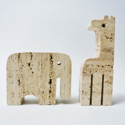 Elephant & Giraffe Travertine sculpture from the seventies by Fratelli Mannelli for Fratelli Manelli