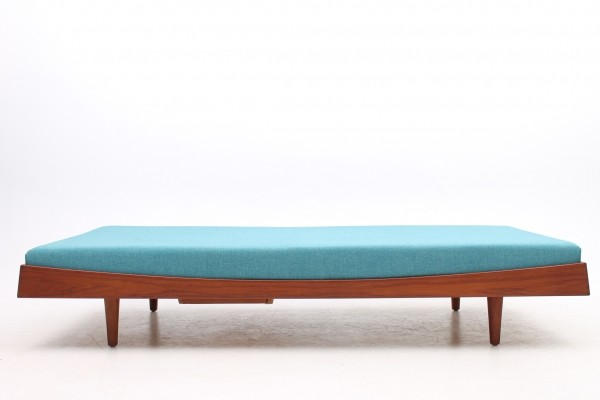 Daybed from the fifties by Ib Kofod Larsen for Christensen & Larsen