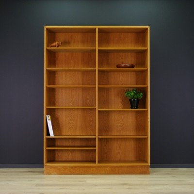 Bookcase cabinet from the seventies by Poul Hundevad for Hundevad & Co