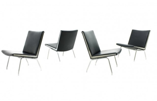 4 Airport lounge chairs from the fifties by Hans Wegner for AP Stolen