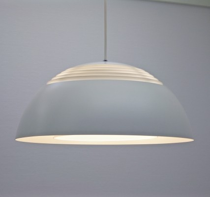 AJ Royal hanging lamp from the fifties by Arne Jacobsen for Louis Poulsen