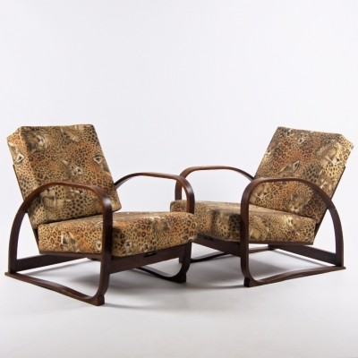 Pair of arm chairs by Jindřich Halabala for Spojene UP Zavody, 1930s